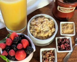 fruit, juice, oatmeal, toppings