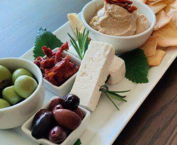 Greek hummus plate
