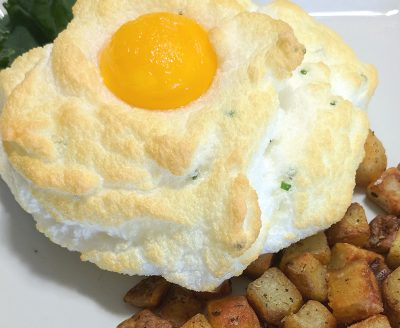Egg cloud with potatoes