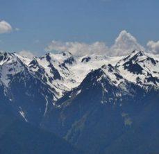 Snow capped mountains of Hurricane Ridge